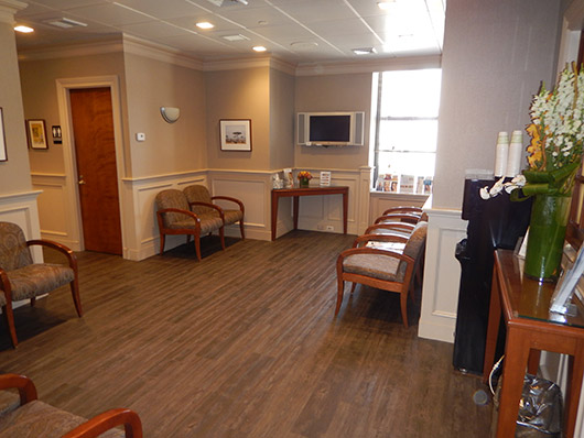 Contact Cosmetic Dermatologist NYC - New Practice Office Photo 31