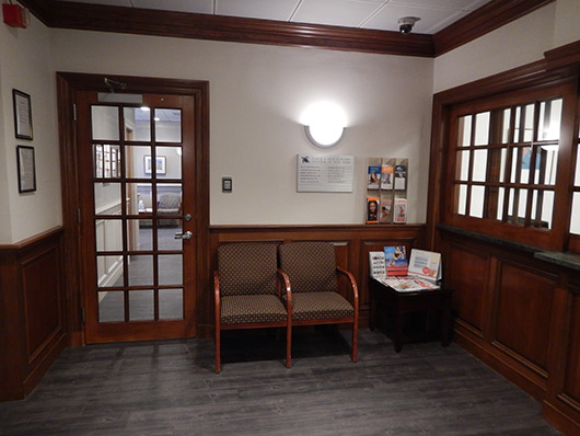 Contact Cosmetic Dermatologist NYC - New Practice Office Photo 04